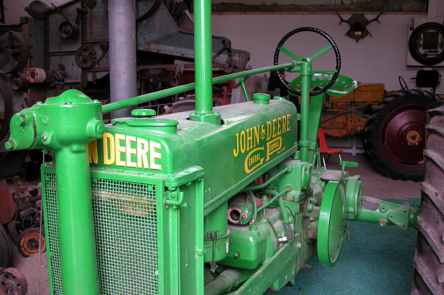 The Miracle of America Museum (Polson, Montana): John Deere tractor