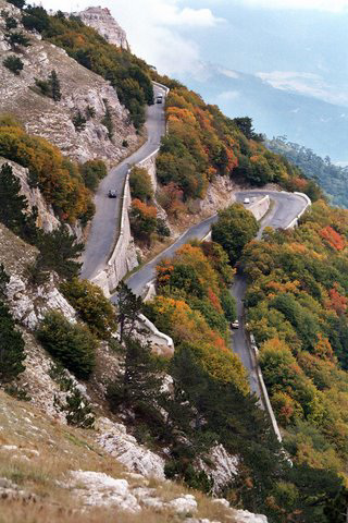 Hairpins on the Road to Ai Petri