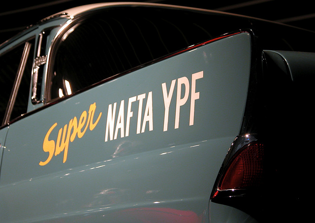 In the Mercedes-Museum: Super Nafta YPF