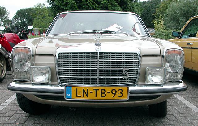 1974 Mercedes-Benz 250 C