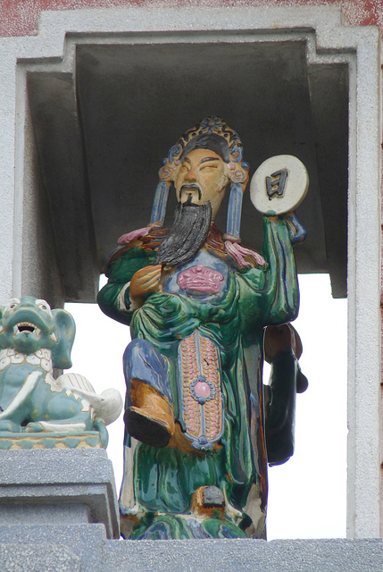 Statue on the Gate of the Thien Hau Temple