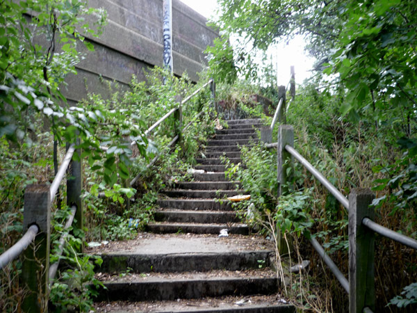 Steps up to the A2