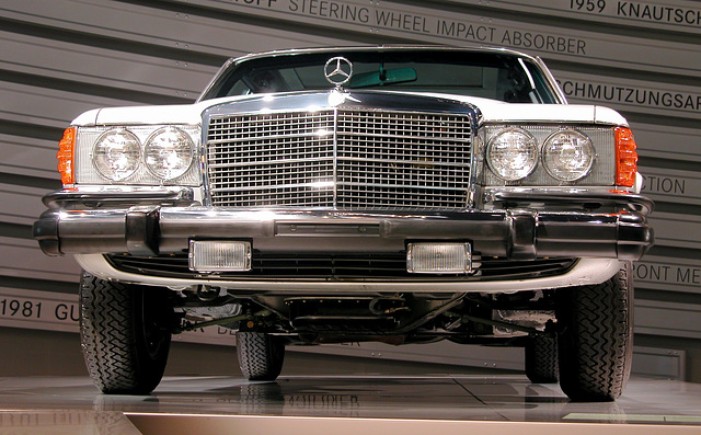 In the Mercedes-Museum: 300 SD