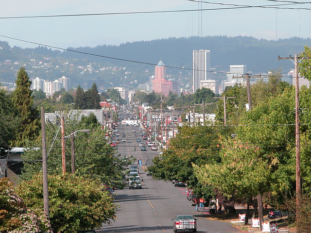 Portland images: A view down Hawthorne Blvd