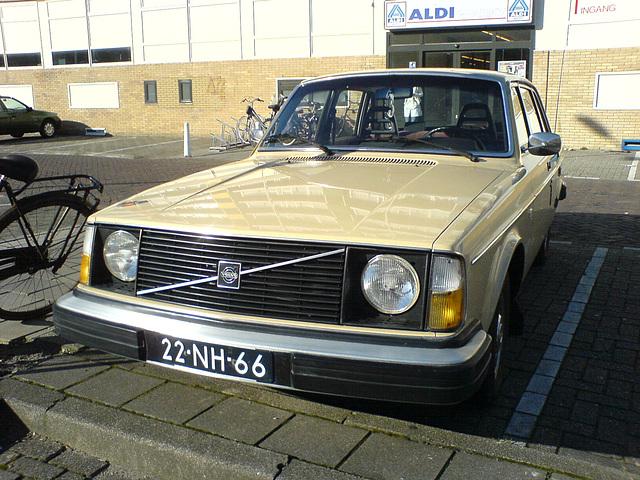 1976 Volvo 244 DL