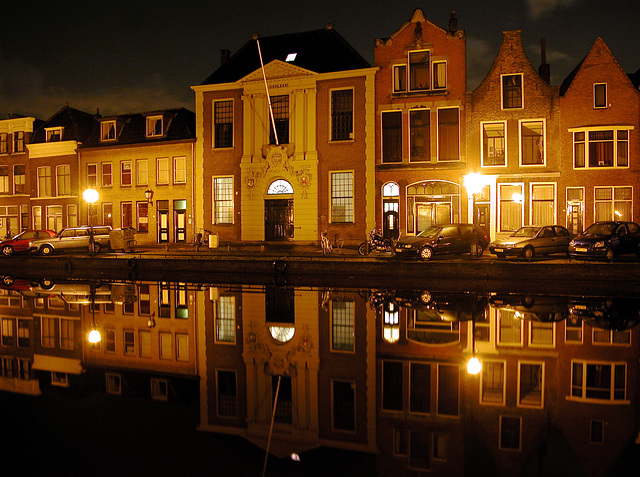 View of the Oude Vest in Leiden