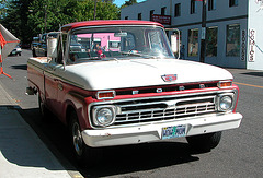 Cars of Portland: Ford truck