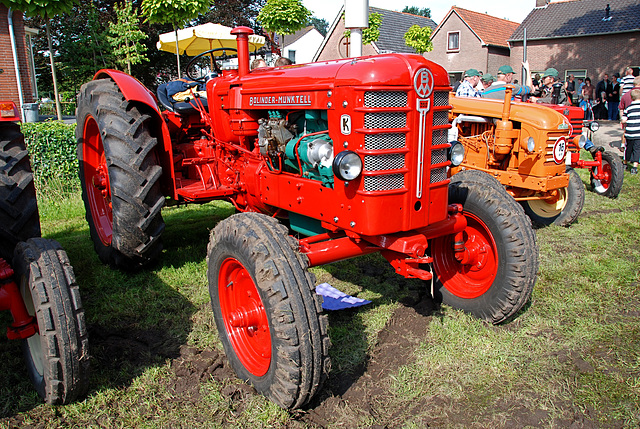 Oldtimer day at Ruinerwold: Bolinder-Munktell tractor