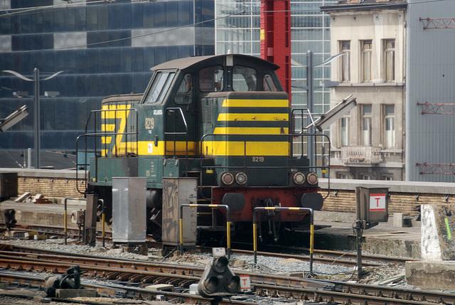 Little shunter 8219 at Brussels