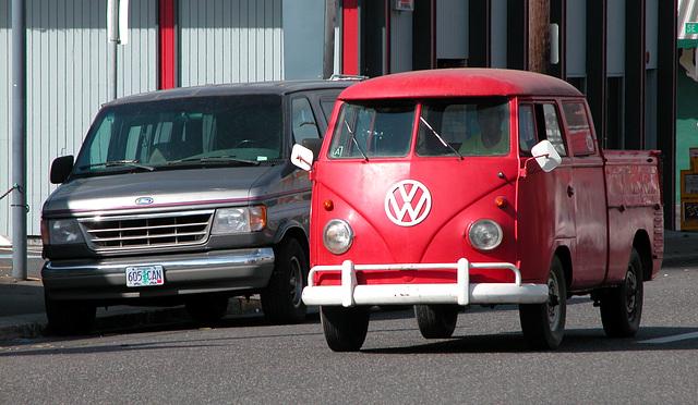 Cars of Portland: Volkswagen split screen