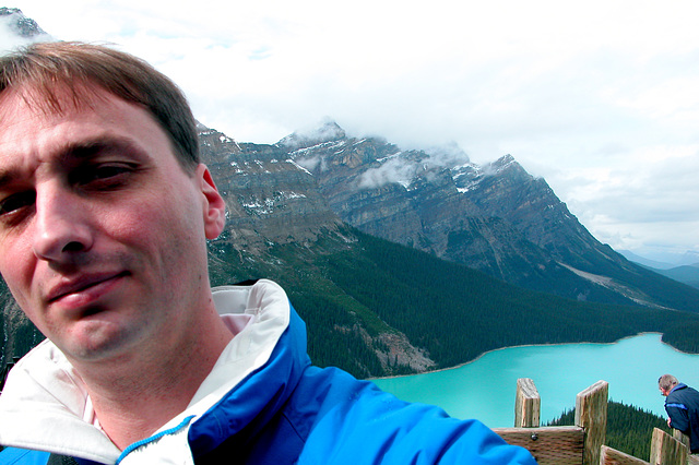 Me in front of Peyto Lake (Canada)