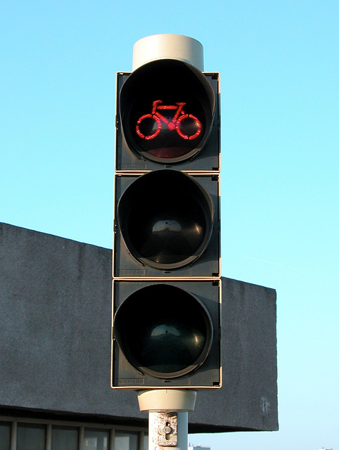 Red light for bicycles