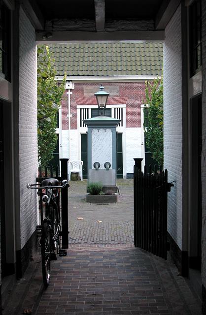 Leiden: entrance to the Bethlehem Court