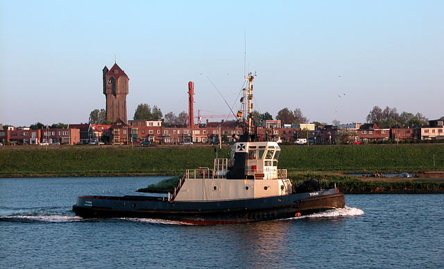 The Titan in front of its home port of IJmuiden