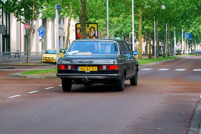 More Long Benzes: 1985 Mercedes-Benz 300 D