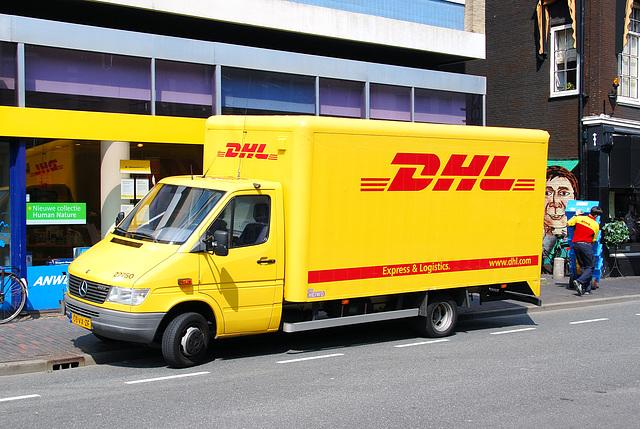 Mercedes-Benz DHL delivery van