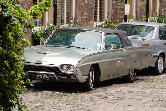 London vehicles: 1963 Ford Thunderbird in the mews.