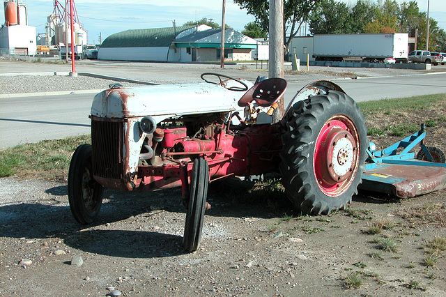 Canada images: abandoned? Ford 2N tractor