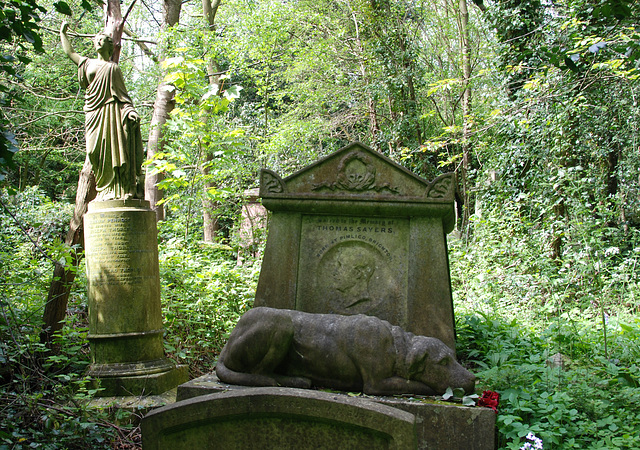 West Highgate Cemetery – Grave of Thomas Sayers