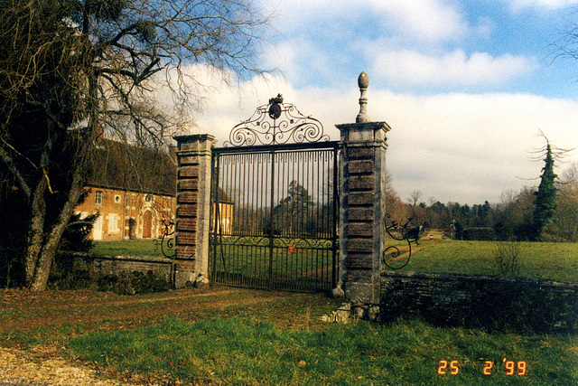 Old pics: Gate in France