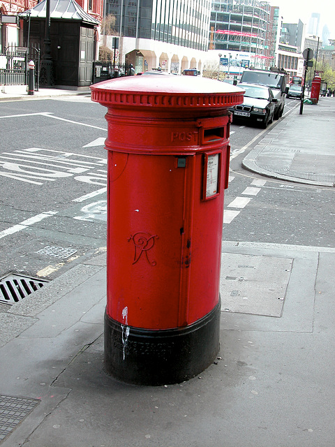 Post box from the reign of Queen Victoria