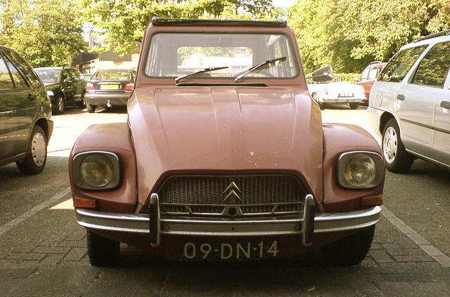 1974 Citroën Dyane 4