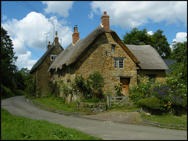 cottages in Bells Lane