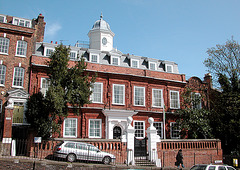 Cromwell House on Highgate Hill (North London)