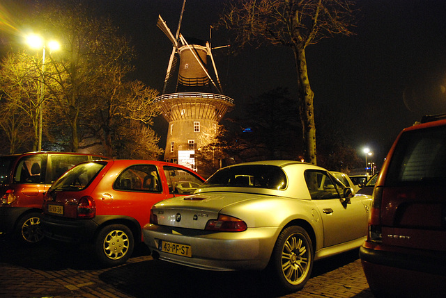 BMW Z3 and windmill