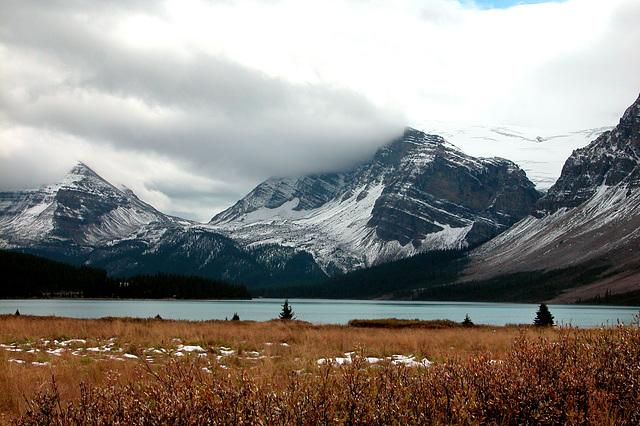 Bow Lake (Banff National Park, Canada)