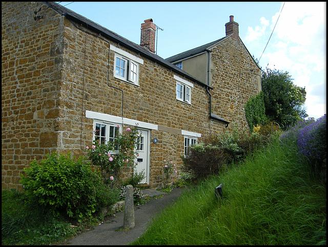 cottage in Ashburton Lane