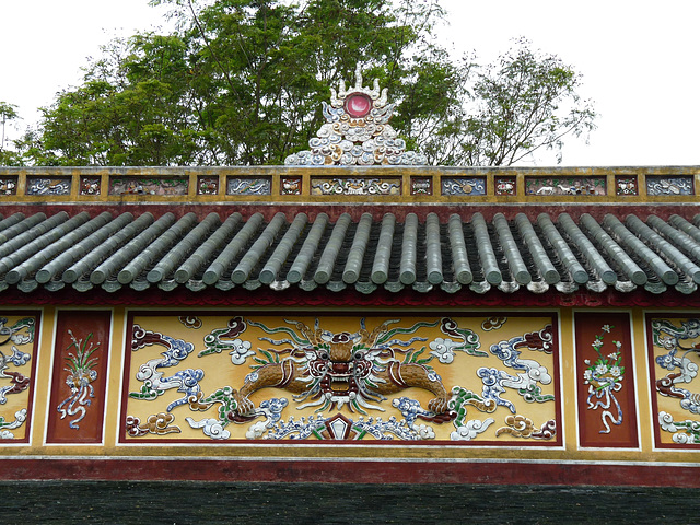 Roof of the Thai Hoa Palace