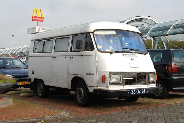 1976 Mercedes-Benz L 206 D with special MacDonald attachment