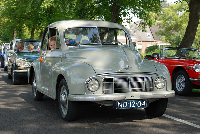 Oldtimer day at Ruinerwold: 1955 Morris Oxford