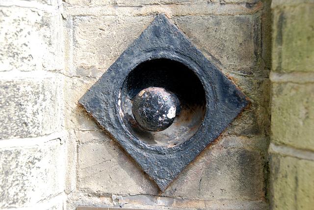 The doorbell of Highgate Cemetery