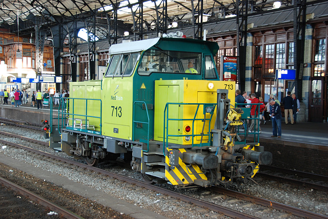 Celebration of the centenary of Haarlem Railway Station: Work engine 713