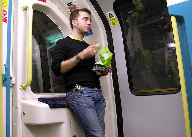 Eating on the Jubilee Line