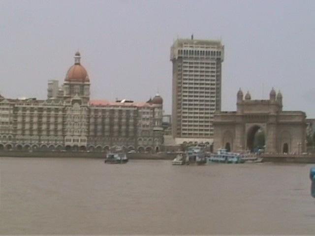 Bombay Gateway and Taj hotel