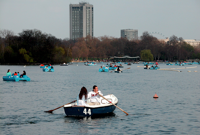 Rowing on the Serpentine
