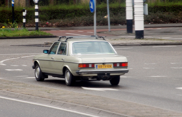 1982 Mercedes-Benz 240 D