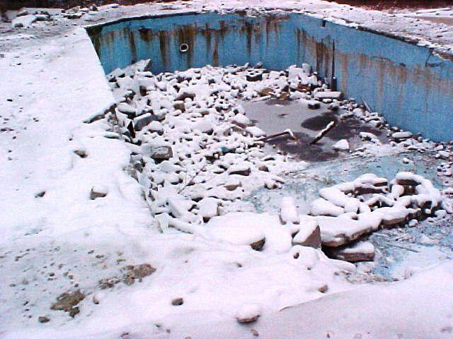 Avriel Shull's Pool