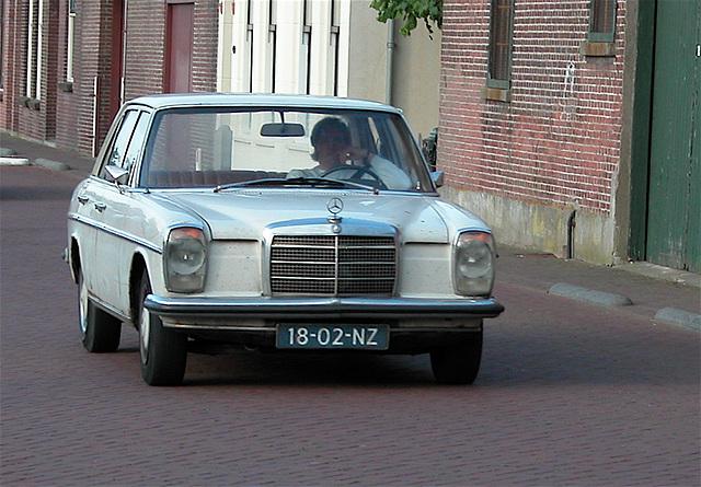 1970 Mercedes-Benz 230