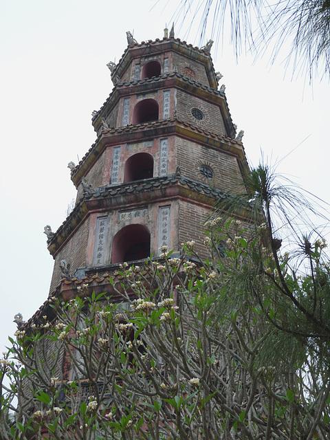 Phoc Duyen Tower, Thien Mu Pagoda