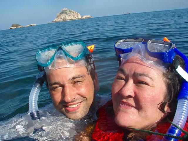 snorkel to Ao Leuk