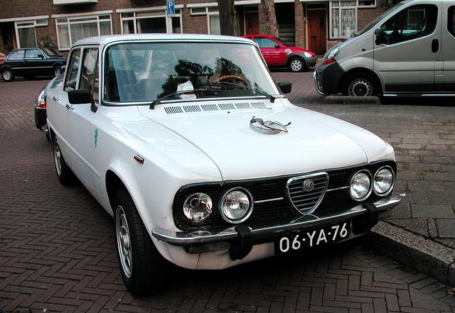 Italian cars: 1974 Alfa Romeo Giulia 1300 Super