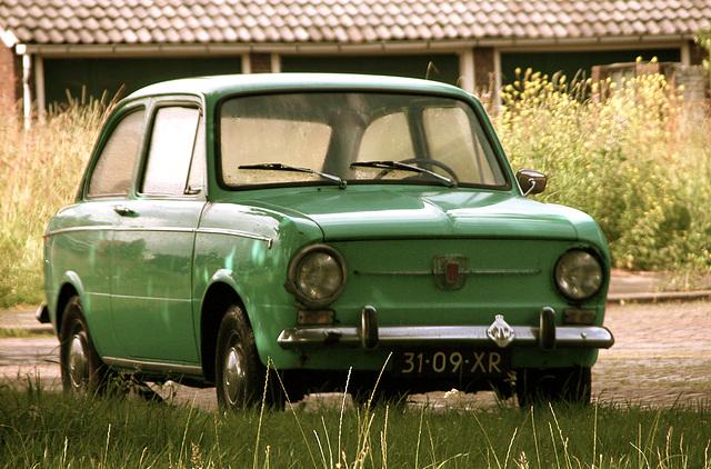 Italian cars: 1973 F.I.A.T. 850 D