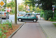 My bike ride home: car on the cycle path