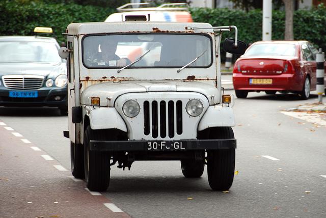 1975 Jeep DJ5D Dispatcher