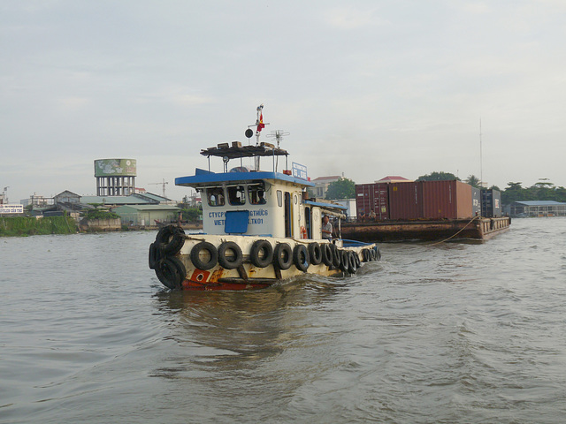 Containers on Tow