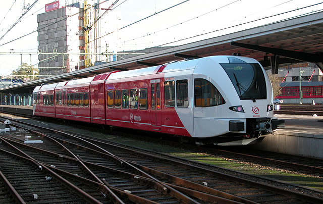 Trains of the North of the Netherlands: the new 305